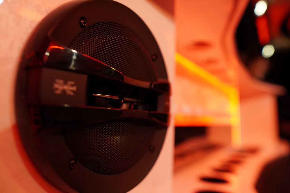 inside limousine speaker lights